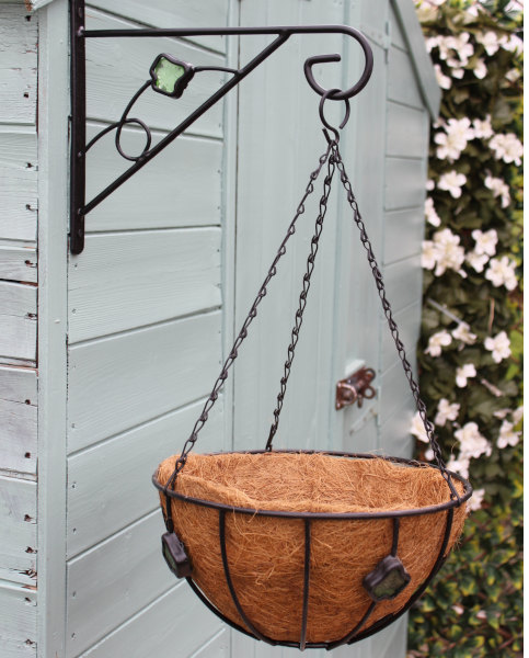 Hanging Basket with Bracket and Liner