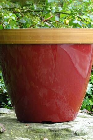 Provence Planter in Red